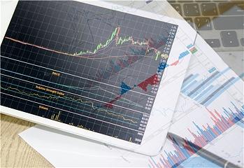 上海股票配资:如何操控中长线